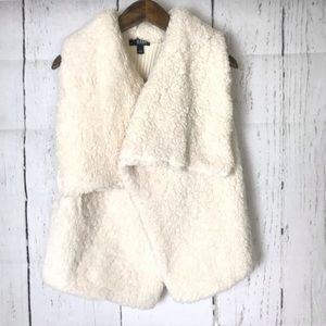 a.n.a A New Aproch sleeveless sweater cardigan